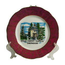 Decorative plate red