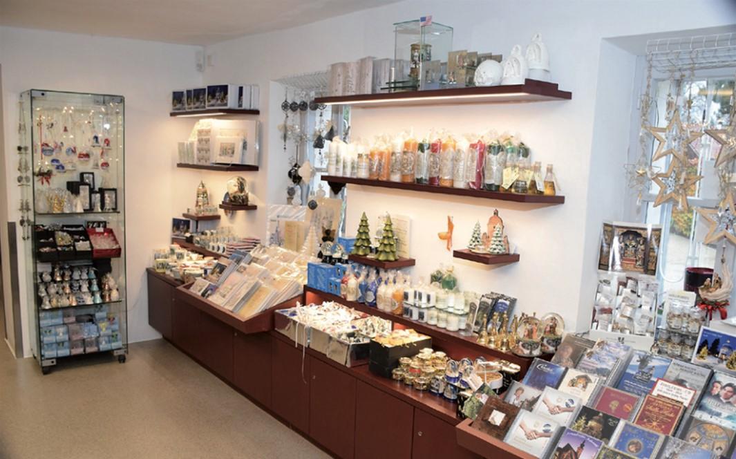 Silent-Night-Museum shop